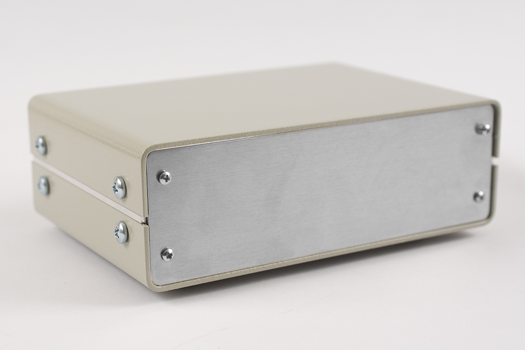 1402B - 1420 Series Metal Instrument Enclosures